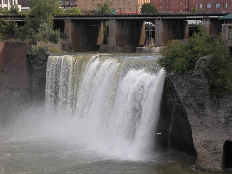 high falls of the genesee in rochester