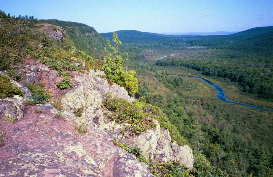 Map of WaterFalls in the Porcupine Mountains