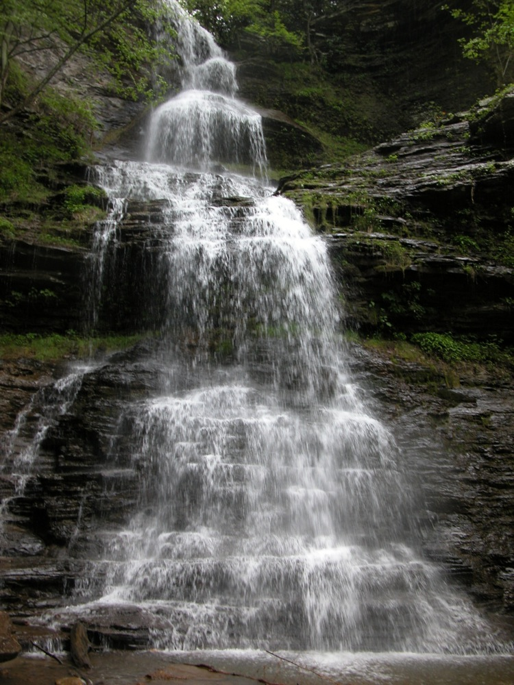 How Much Is A Mile >> Cathedral Falls