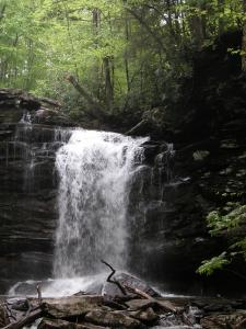 Middle Hill Creek Falls